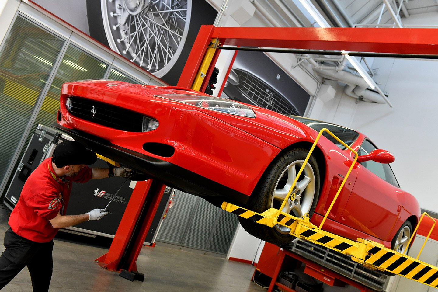Ferrari Premium An exclusive maintenance service  for maximum peace of mind