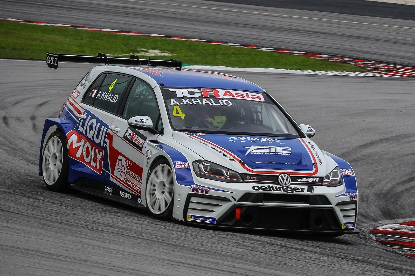 Volkswagen Team Oettinger ready for Zhuhai challenge
