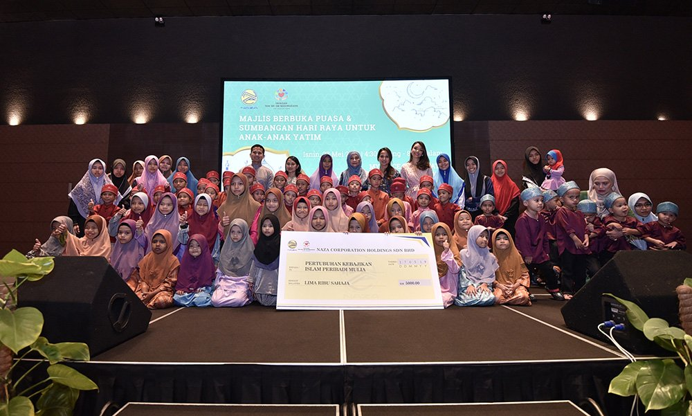 Yayasan Tan Sri SM Nasimuddin Shares Love and Joy with the Young and Old during Ramadhan
