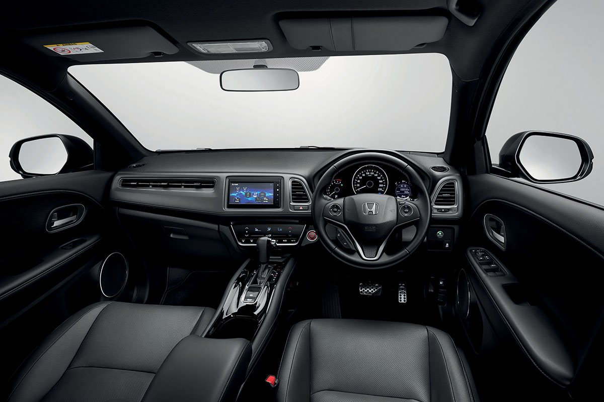 NEW HONDA HR-V RS ELEVATES SPORTINESS  WITH NEW FULL BLACK INTERIOR