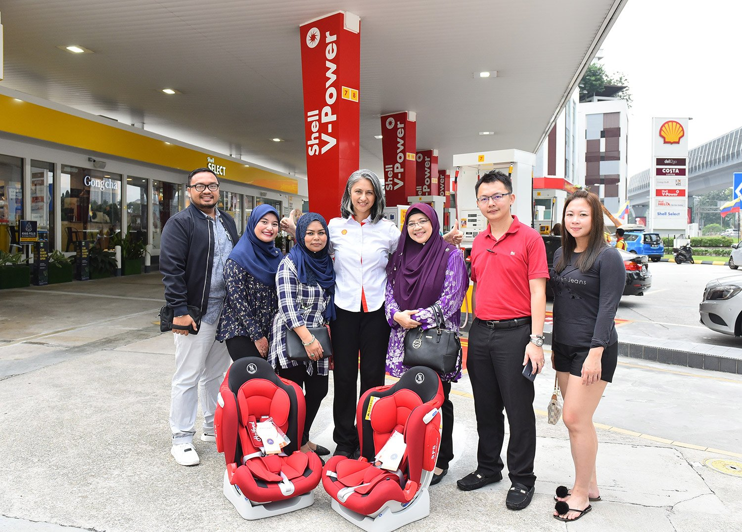 SHELL PROMOTES SAFETY BY REWARDING CUSTOMERS WITH CHILD CAR SEATS
